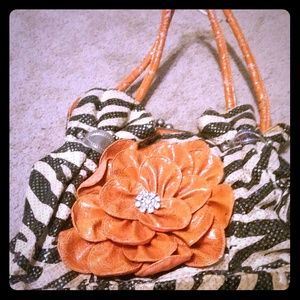 Handbags - Gorgeous purse
